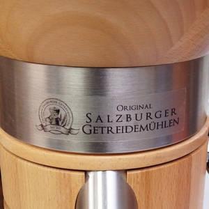 Mlýnek na obilí Salzburger Carina, štítek