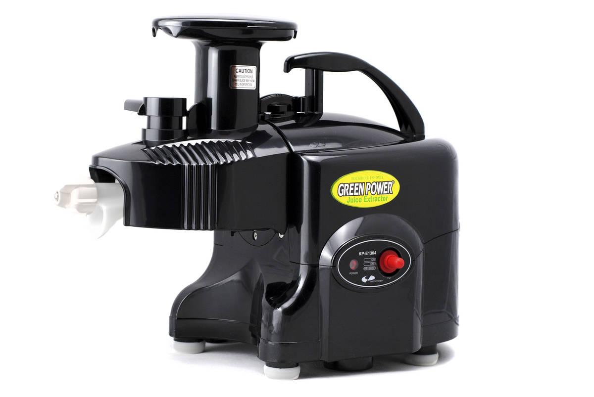 Dvouhřídelový odšťavňovač Green Power Kempo Exclusive Pro, černý