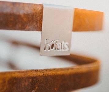 gril hofats cube rusty