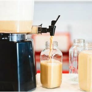 výrobník rostlinného mléka a másla Nutramilk